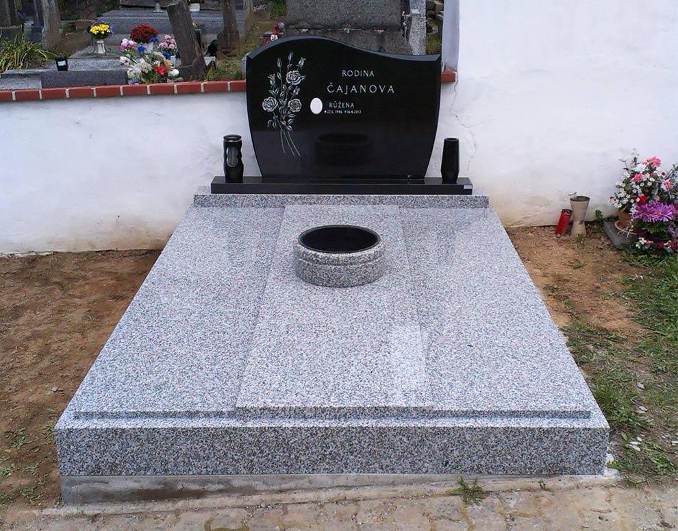Pomník růže