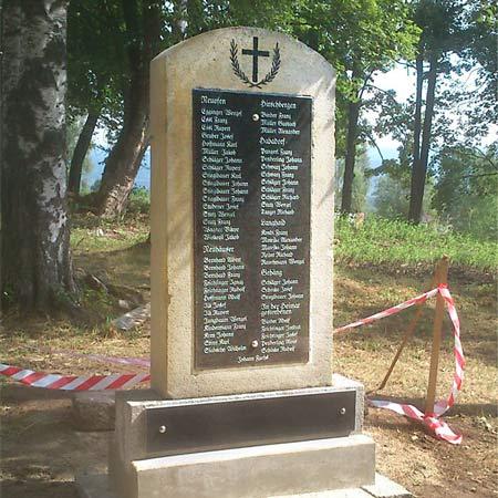 Oprava památníku