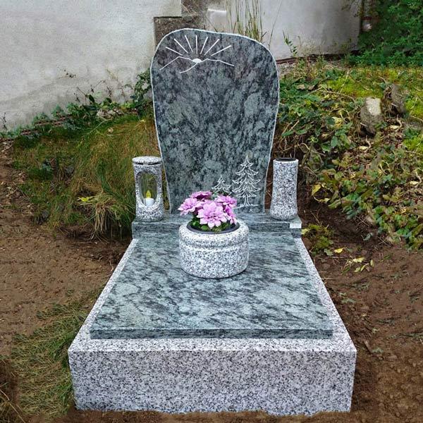 Fotogalerie urnových hrobů